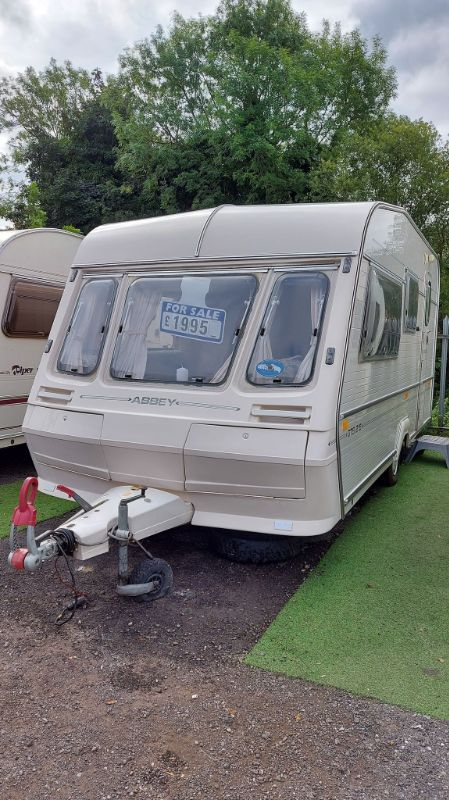 *SOLD SOLD SOLD*abbey GTS 215 Caravan Photo