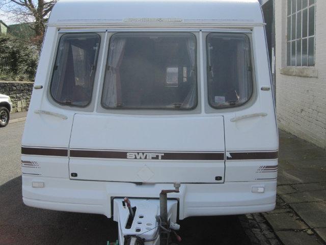 Swift Challenger se/520 Caravan Photo