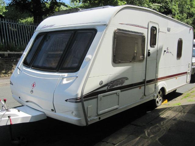 Swift Fairway 500 Caravan Photo