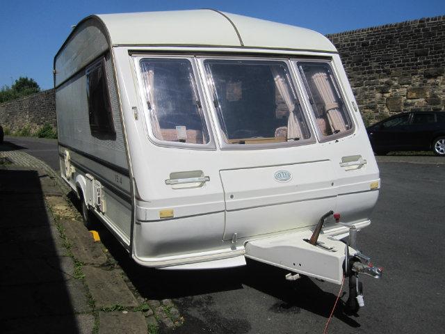 Sterling Eccles Elite Caravan Photo