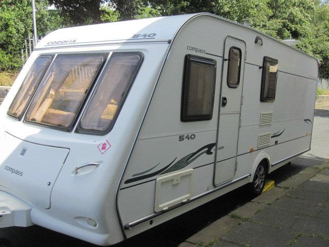 Compass Corona Fixed Bed Caravan Photo