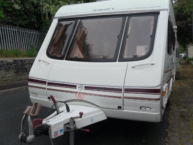 Swift Challenger 530 Caravan Photo