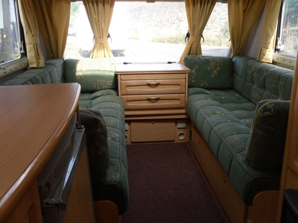Compass Omega 432 Caravan Photo