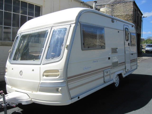 Avondale Sandmartin  Caravan Photo