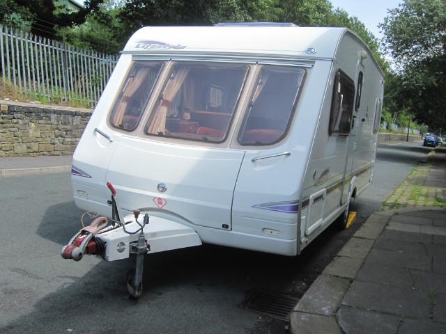 Swift Lifestyle 500 Caravan Photo